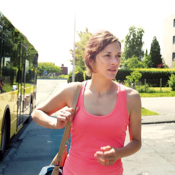Marion-Cotillard-sport-training